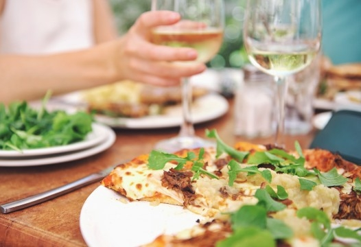 5 tips for healthy eating when dining out