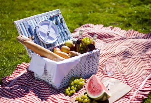 Rev up your picnic at these park-side spots