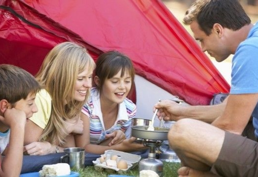 4 surefire tips for a successful family camping trip