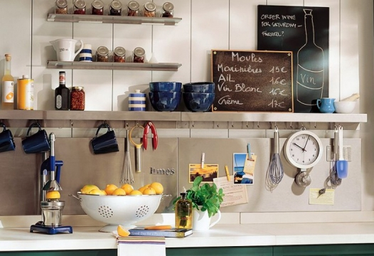 10 ridiculously easy ways to organize a tiny kitchen
