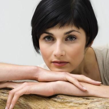 Comment trouver la bonne coupe de cheveux pour femme for Comment trouver sa coupe de cheveux pour femme